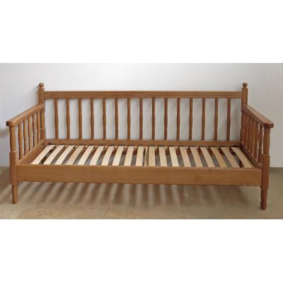 Угловая деревянная кровать Джема