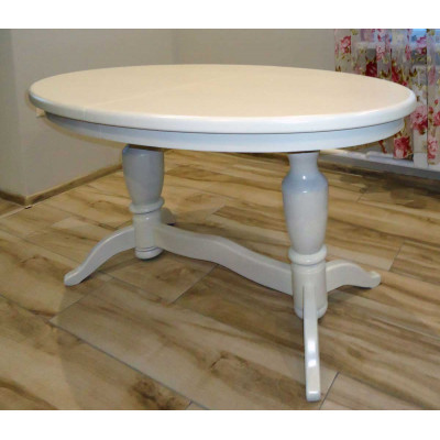 Деревянный обеденный стол 9